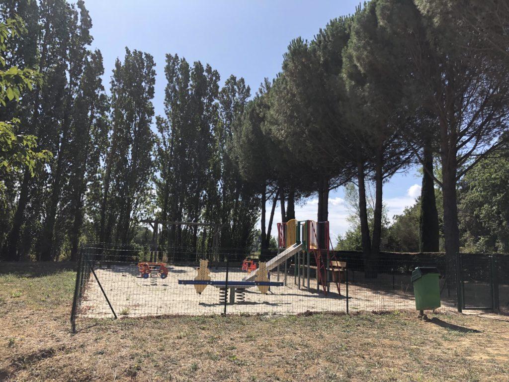 Raissac-sur-Lampy playground